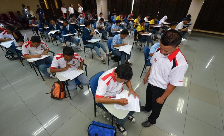 200 Siswa SMK Jalani Tes Mekanik AHASS