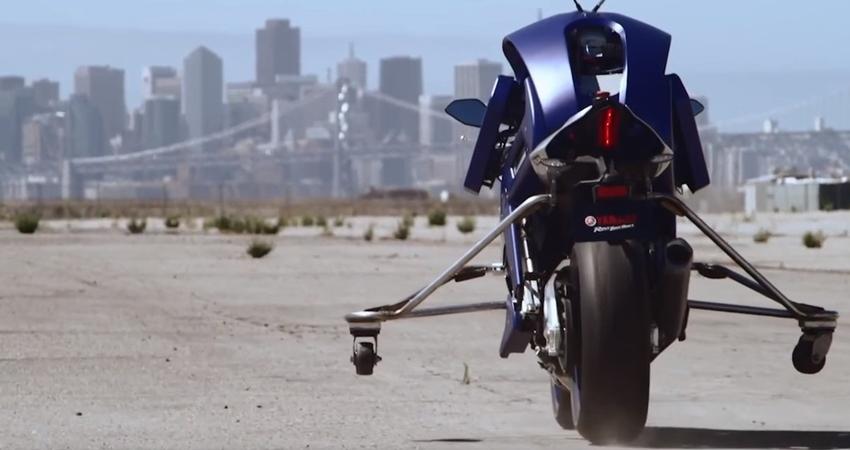 Yamaha Motobot Akan Mendampingi Valentino Rossi