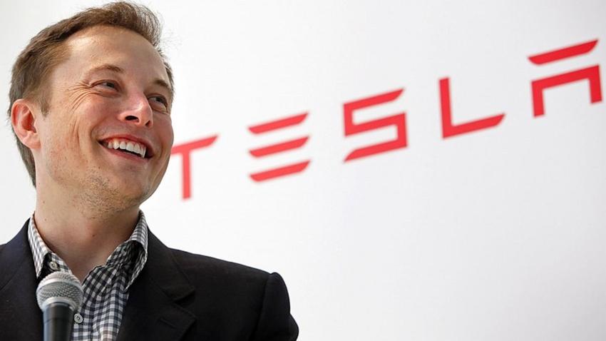 Bos Tesla Marah Besar Kepada Pelanggannya