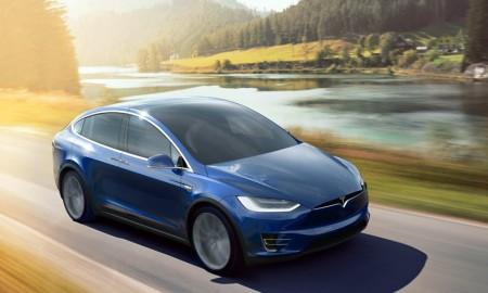 Bos Tesla Tolak Pesanan Pelanggan