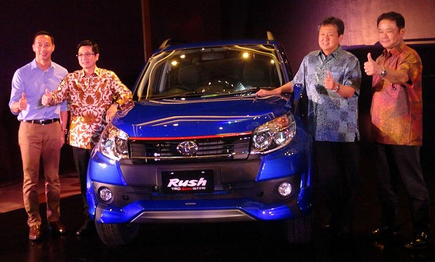 Toyota Rush TRD Sportivo 7 dan Toyota Rush TRD Sportivo Ultimo