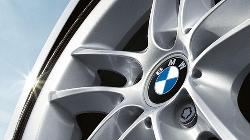 BMW dan Allianz Asuransi Ban Mobil