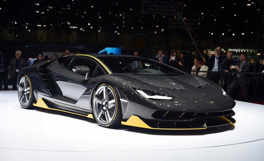Lamborghini Centenario Kado Ulang Tahun ke-100