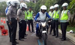 Polisi Pun Perlu Latihan Safety Riding
