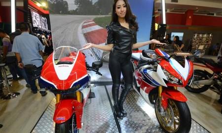 Big Bike Honda Diskon Sampai Rp 35 Juta di IIMS 2016