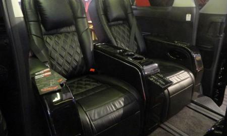 Ubah Kabin MPV Jadi Lounge Mewah