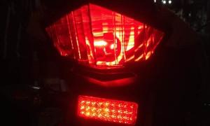 Pasang LED Reflektor di Motor