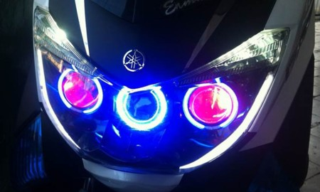 Lampu Projector Angel Eyes LED Buat Yamaha NMax