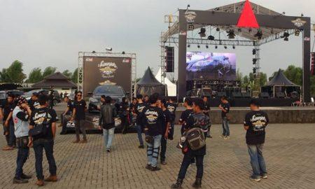 Black Car Community Bandung