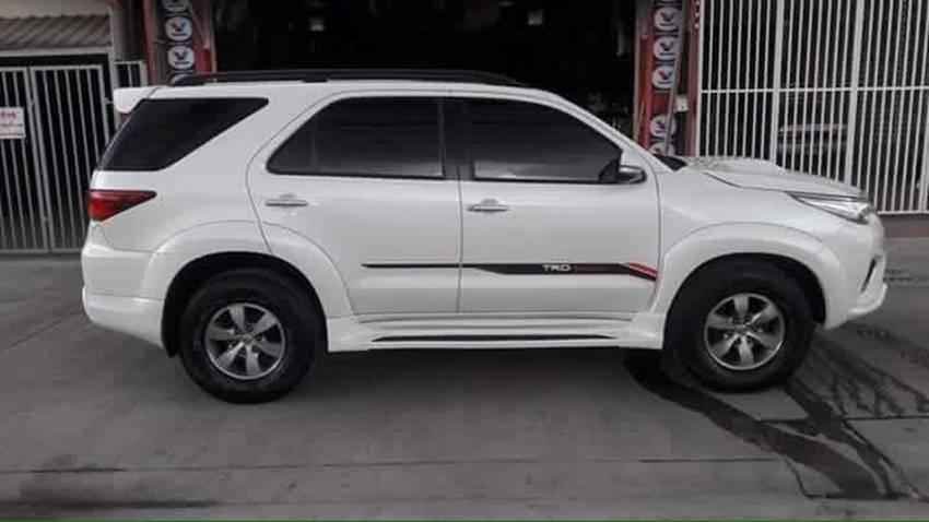 Toyota Fortuner Lama