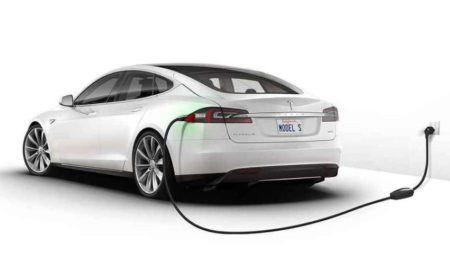 Bank Baterai Tesla