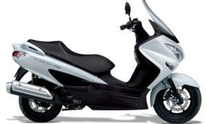 Suzuki Burgman bermesin listrik