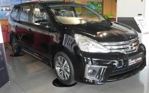Nissan Grand Livina 2012