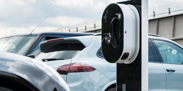 Baterai Porsche Mission E