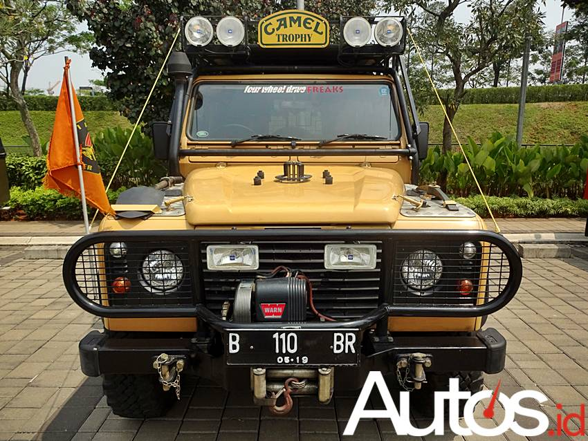 Land Rover Defender Camel Trophy