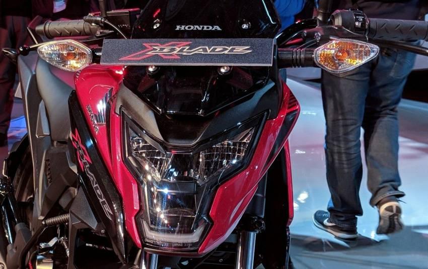 Honda X-Blade 2018