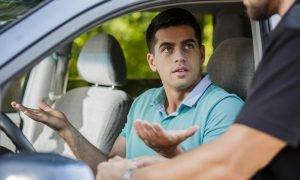 tips mengemudikan mobil