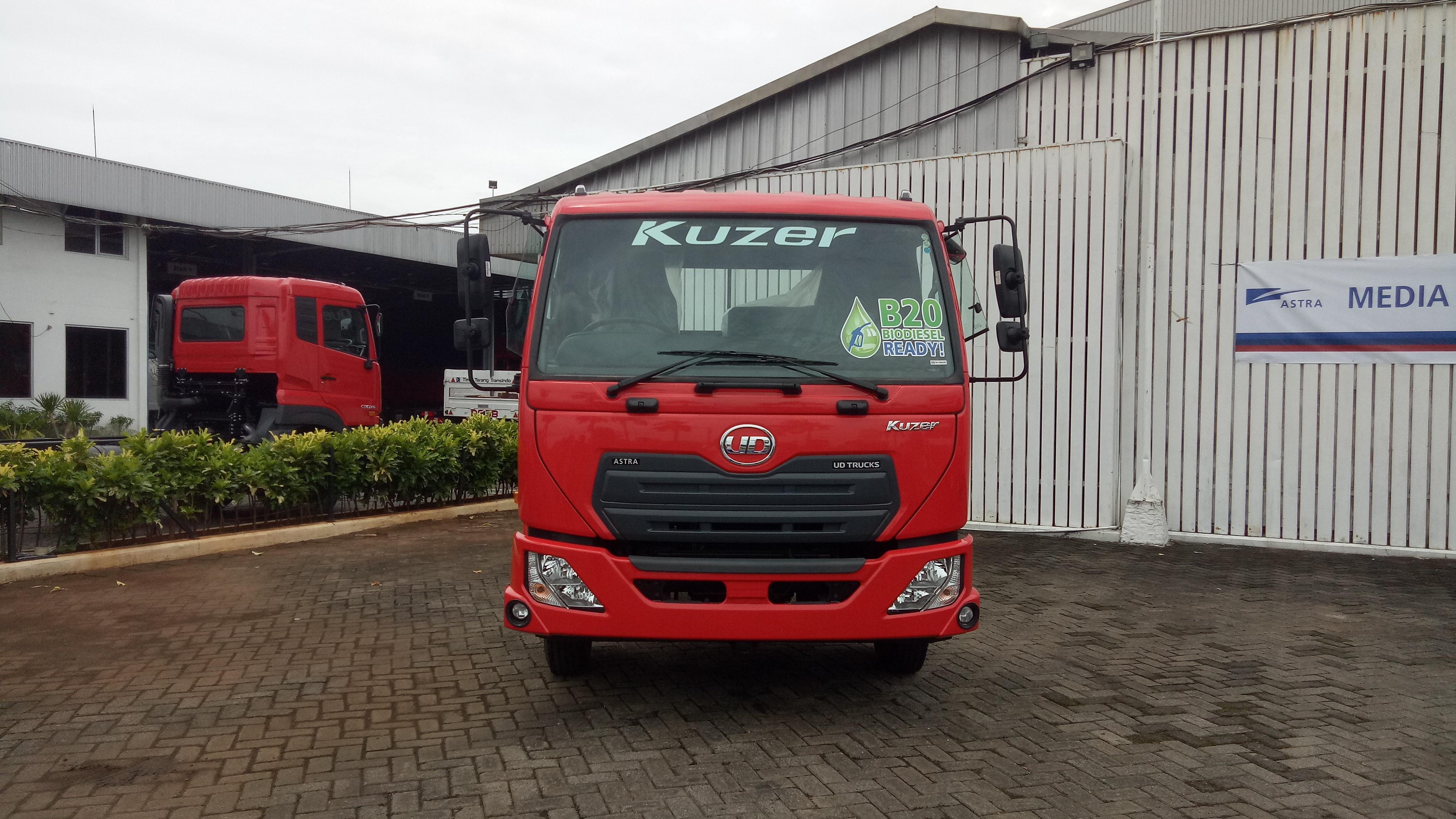 5700 Koleksi Modifikasi Mobil Truk Nissan HD Terbaru