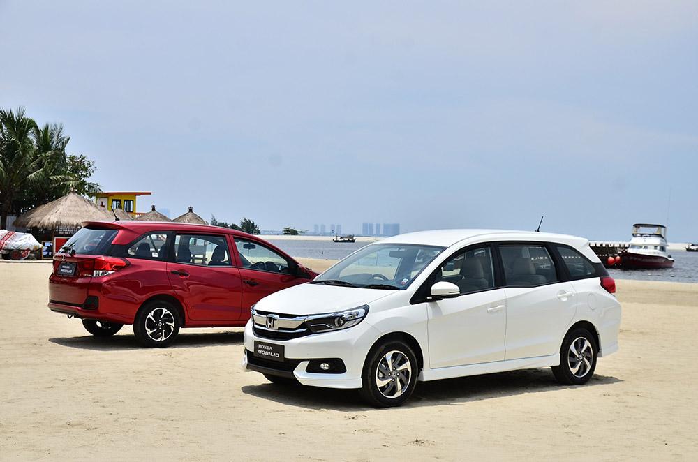 DED_0810 1- New Honda Mobilio