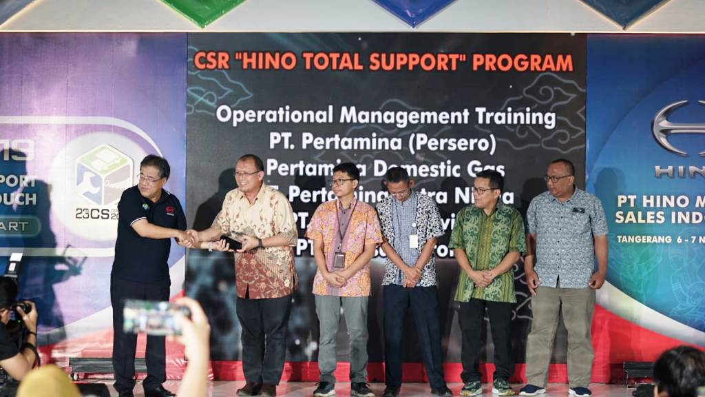 Penerima CSR Training Operating Management Pertamina dalam Hino CS Contest 2019 (1)