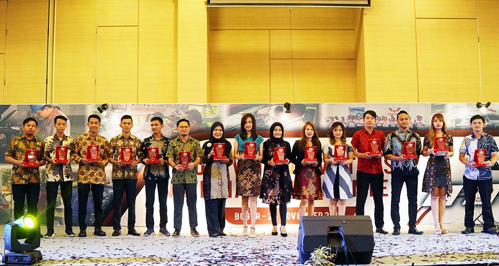 Seluruh pemenang Wuling Motors National Skill Contest 2019 dari kategori Sales dan Aftersales