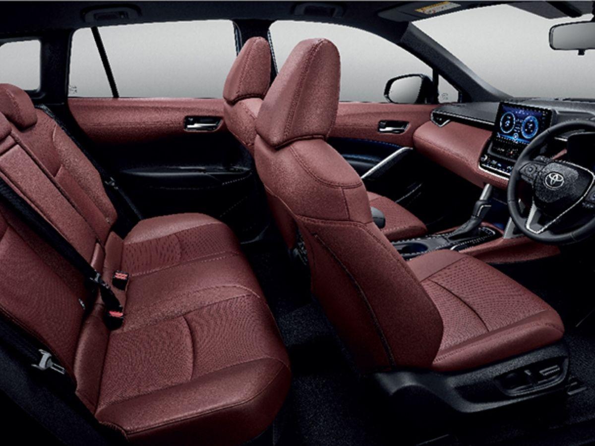Interior Corolla Cross Modellista