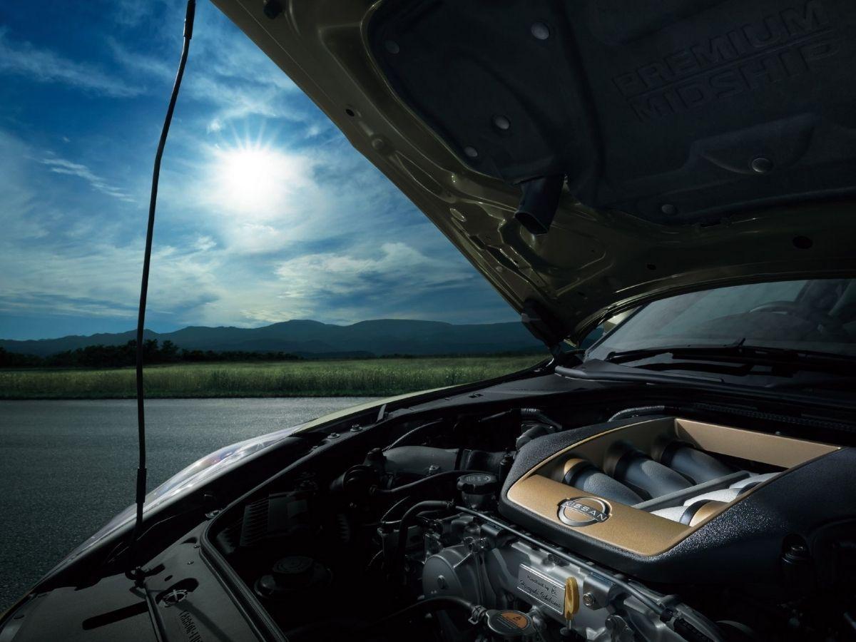 Mesin V-6 twin-turbocharged Nissan GT-R T-Spec