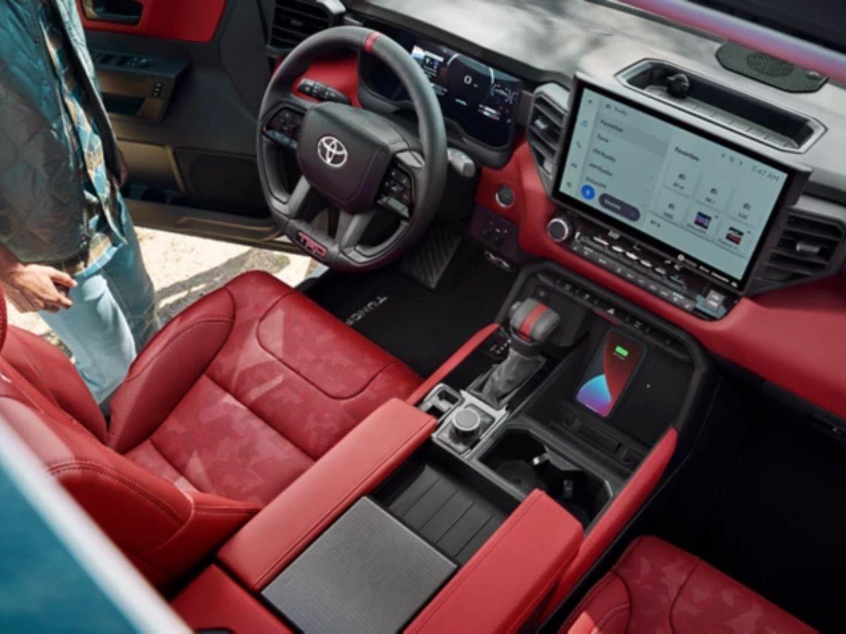 Interior mewah nan tangguh Toyota Tundra