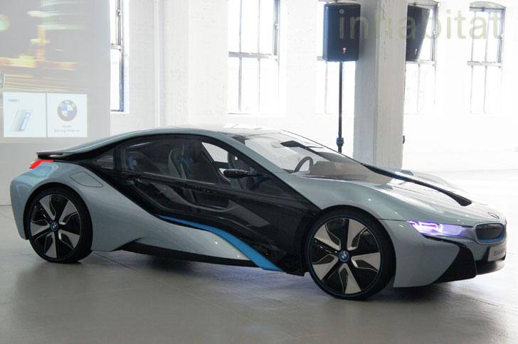 Mobil Bensin Akan Segera Punah? Begini Pandangan BMW