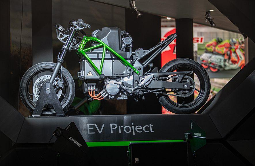 Kawasaki Akan Elektrifikasi Semua Motor Mereka Di 2035